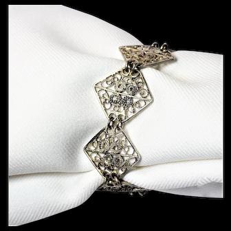 Elegant Vintage 800 Silver Filigree Diamond Shaped Paneled Linked Bracelet