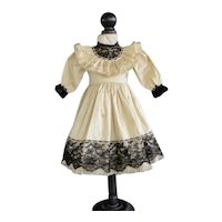 "Beige silk dress for 16.5"" doll"