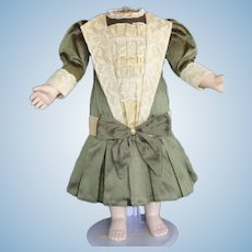 """Beige and green silk dress for 25"""" doll - Low waist"""