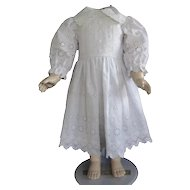 "White cotton dress for 25"" doll"