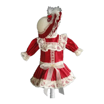 """Red silk dress for 11"""" doll - Low waist"""