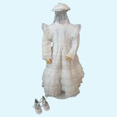 White cotton dress for French Fashion doll - Huret - Barrois - Jumeau.