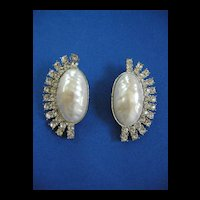 Jaw Dropping Gorgeous Big Bold Simulated Pearl Vintage Earrings