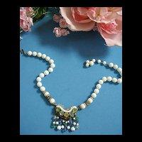 Springtime Beauty Vintage Milk Glass Vintage Necklace