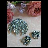 gorgeous Regency Big Vintage Brooch and earrings