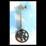 1940's Mexican Sterling Skeleton Key Pin Los Castillo