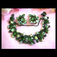 Gorgeous Regency  Forest Green Chunky Bracelet and Earrings
