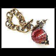 Gorgeous Vintage Pink Art Glass hanging Charm Bracelet