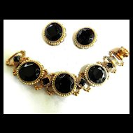 Elegant Jet Blace Glass and Faux Pearl Vintage Bracelet and Earrings