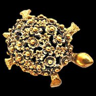 Adorable Vintage Tortollani Tortoise Pin