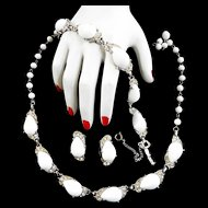 Spectacular Schiaparelli 1940s Milk Glass Huge Stones Parure Necklace Bracelet Earrings