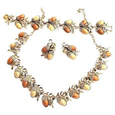Fabulous Acorn Fall Necklace Bracelet Earrings Vintage 50s Parure