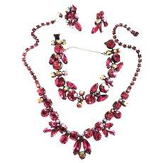 1950s Regency Fuchsia Exquisite Necklace Bracelet Earrings