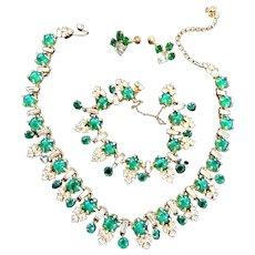 Classic Vintage Emerald Green Cabochon Necklace Bracelet Earrings Designer