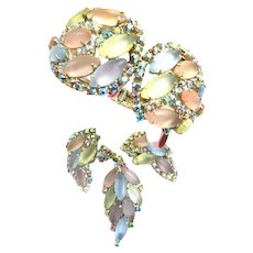 Vintage Pastel Designer Clamper Brooch and Earrings