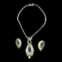 Return to Elegance Vintage Hobe Pendant and Earrings