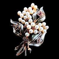 Classic Elegance Francois 1930s Brooch Faux Pearls