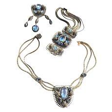 Early 1900s Jaw Dropping Sapphire Blue Necklace Bracelet Earrings