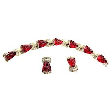 Exquisite Ledo aka Polcini Art Glass Etched Raspberry Bracelet and Earrings