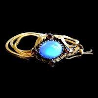 Exquisite Vintage 40s Faux Opal Bracelet Must C