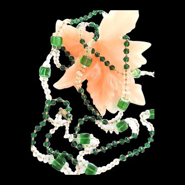 Gorgeous Flapper Necklace from the 1920s