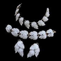 Lisner Vintage Feather Parure