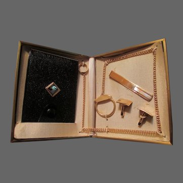 Anson Gentlemen's Set in Original Case: Tie Clasp, Leather Billfold with Chain, Cuff Links.