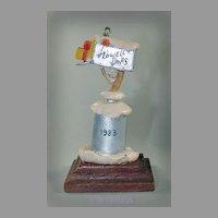 Lowell Davis 1983 Ornament Mail and Gifts Foxfire Farm