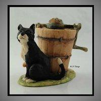 Lowell Davis BFA Schmid  1979 Figurine Sitting Black Cat with Ice Cream Churn