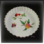 Royal Worcester Porcelain Evesham Gold 7 Inch Quiche Peach Cherries and Berries