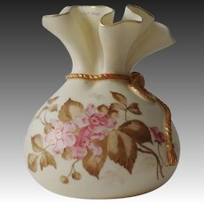 1888 Royal Worcester Porcelain Pink Floral Blush Ivory Sack Top Round Vase Gold Gild