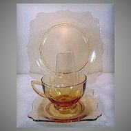 New Martinsville Amber Fancy Square 3 Piece Place Setting