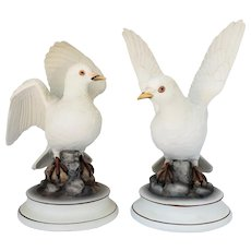 Andrea by Sadek, Pair of Vintage Signed White Bisque Doves with Fabulous Detail