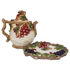 Kaldun and Bogle Green leaves and Purple Grapes Teapot and Serving Plate