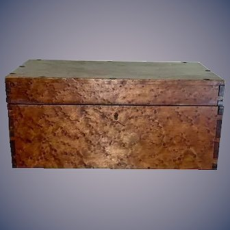 19th c American solid  Birdseye maple document box