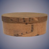 New England Early 19th century lap finger joint Pantry Box