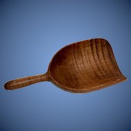 Large Tiger Maple Grain Scoop/Spoon/kitchen utensil made 18th century in perfect condition with great color and figuring