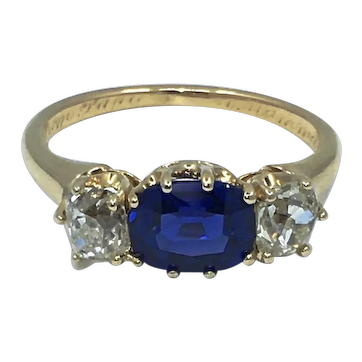 Victorian Ring 1.37ct Sapphire with Diamonds 14kt Yellow Gold