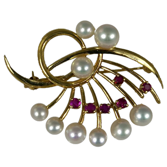 Vintage Mikimoto 14k Yellow Gold Pin/Brooch with Cultured Pearl, Ruby in Original Box