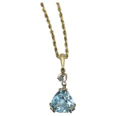 Aquamarine pendant 14kt and 18kt yellow gold