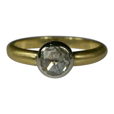 Classic Solitaire 0.52ct Diamond Ring 18kt Gold and Platinum