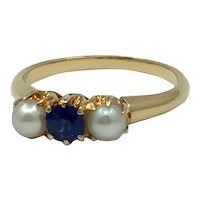 Sapphire and Pearl Ring 18kt Gold