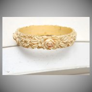 Molded Cellulloid Bracelet