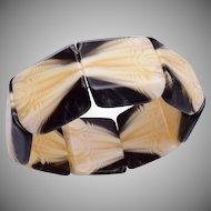 Lucite Stretch Bracelet in Cream and Black
