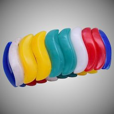 Colorful Lucite Stretch Bracelet