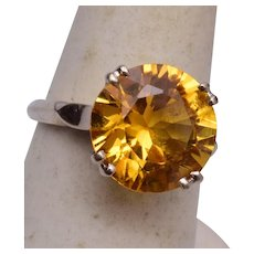 14kt Gold and Topaz Ring Size 7-1/4