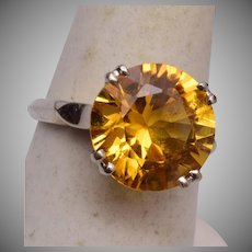 14kt Gold and Topaz Ring Size 7-1/4""