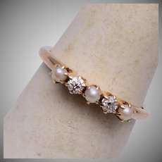 14kt Gold Diamond and Pearl Ring Size 6-1/4