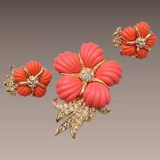 Nolan Miller Molded Lucite Flower Brooch and Earring Set