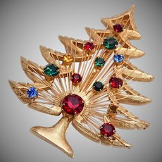Brooks Christmas Tree Brooch With Harp Like Center